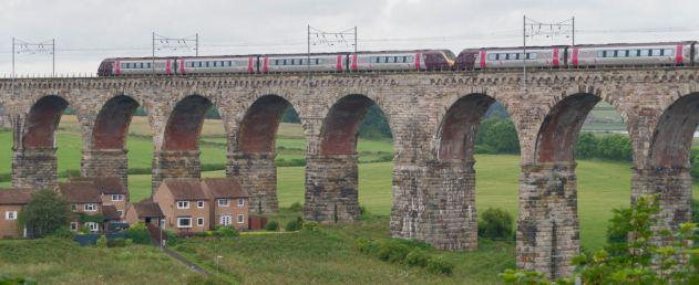 Berwick-upon-Tweed_MMB_12_Royal_Border_Bridge_and_220XXX_220XXX TRIM