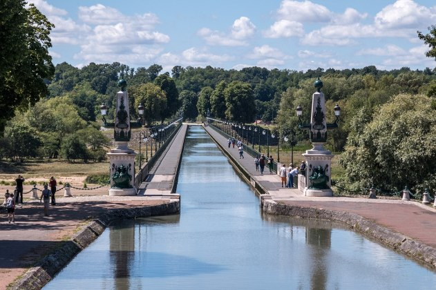 Briare_-_Pont_Canal 1200px
