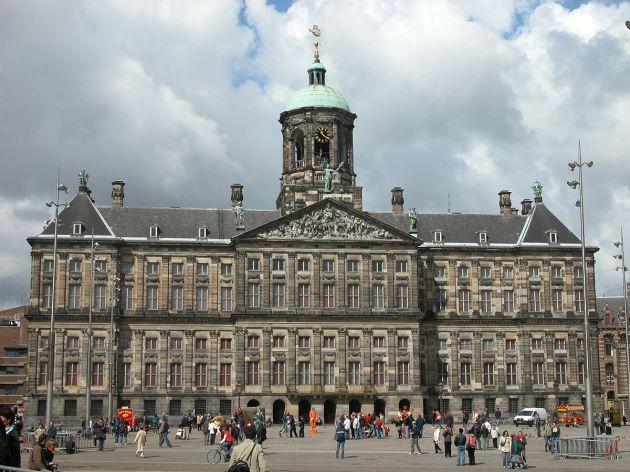 Koninklijk_Paleis_Amsterdam 1200px