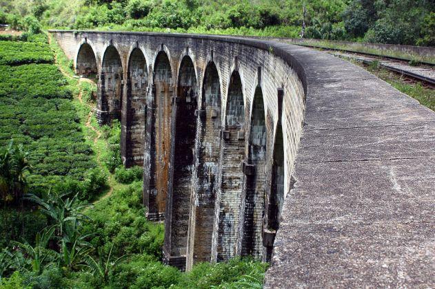 Nine_arches_bridge 1200px