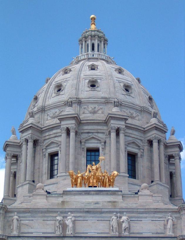 Minnesota_Capitol_dome 800px