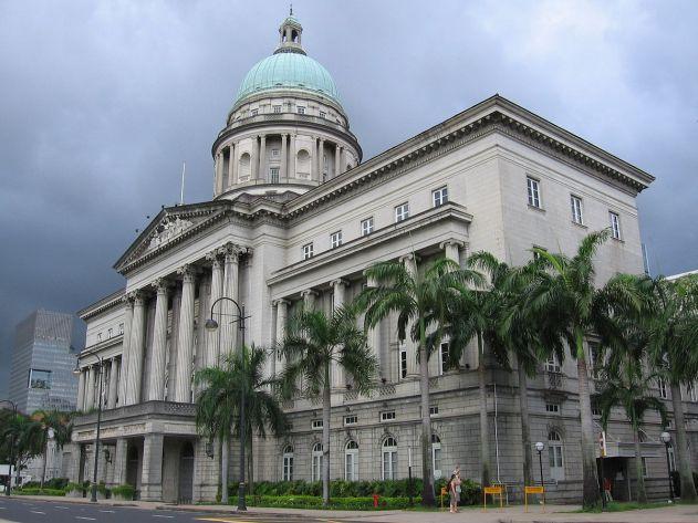 Old_Supreme_Court_Building_5,_Jan_06 1200px