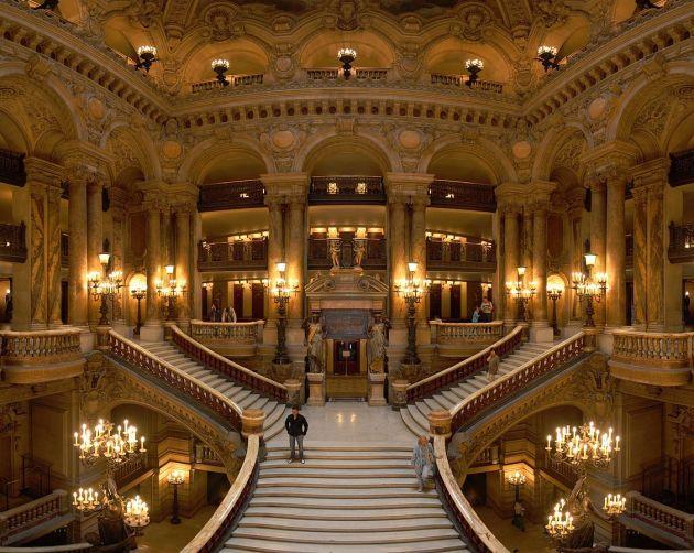 Opera_Garnier_Grand_Escalier 1128px
