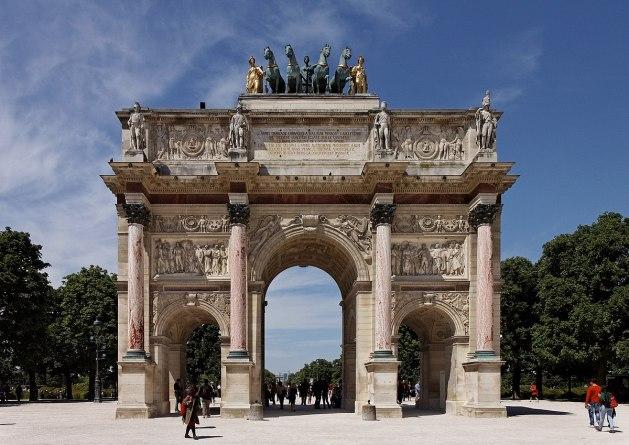 Paris_-_Jardin_des_Tuileries_-_Arc_de_Triomphe_du_Carrousel_-_PA00085992_-_003 1200px