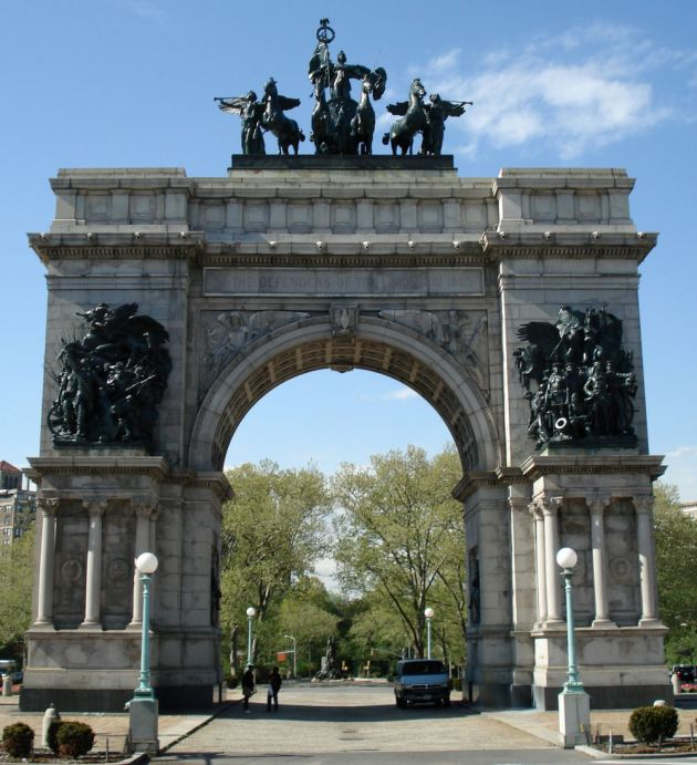 The_Soldiers_and_Sailors_Memorial_Arch_at_Grand_Army_Plaza TRIM