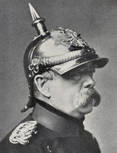Bismarck_pickelhaube TRIM