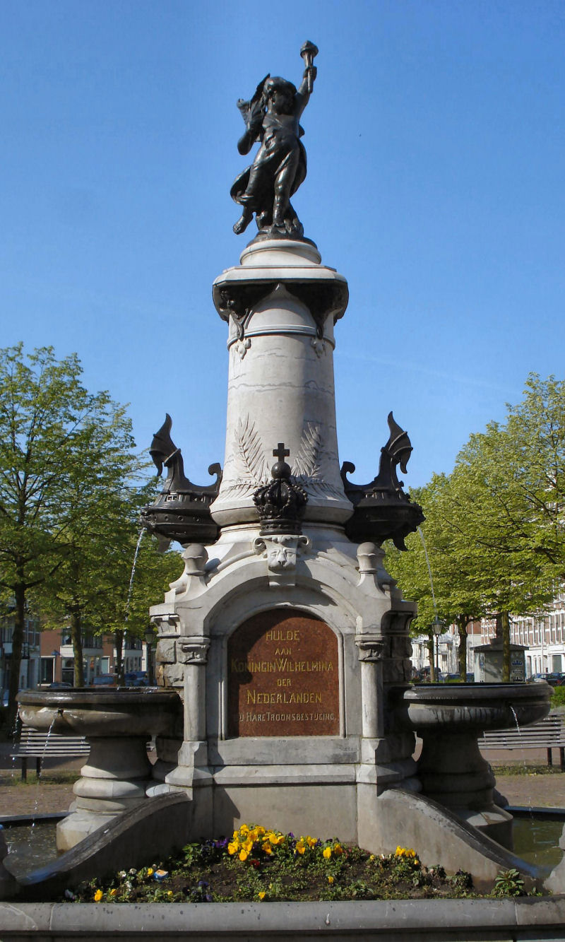 Rotterdam_wilhelminamonument TRIM